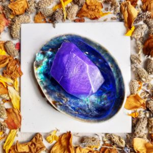 apothecary Magicka crystal infused soap amethyst 2