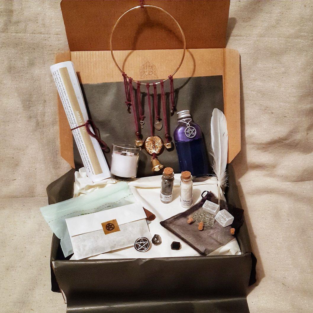 apothecary Magicka august 2021 magick box in box